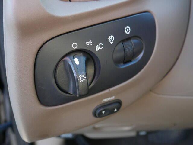 2003 Ford F-150 4dr SuperCrew XLT 4WD Styleside SB - Menomonie WI