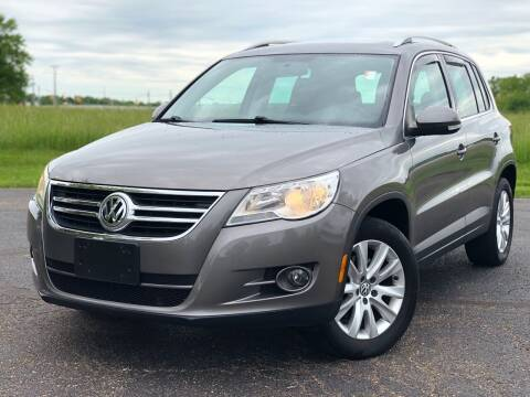 2009 Volkswagen Tiguan for sale at Five Star Auto Group in North Canton OH