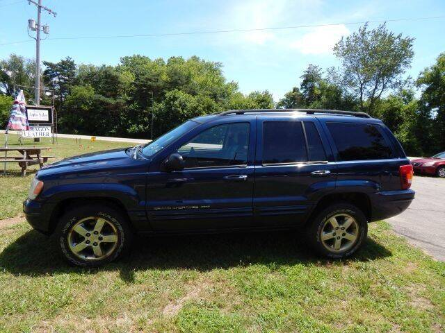 2004 Jeep Grand Cherokee for sale at PARAGON AUTO SALES in Portage MI