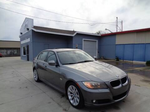 2011 BMW 3 Series for sale at DFW AUTO FINANCING LLC in Dallas TX