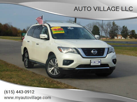 2017 Nissan Pathfinder for sale at AUTO VILLAGE LLC in Lebanon TN