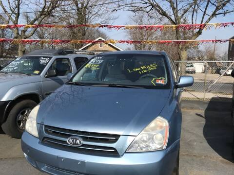 2006 Kia Sedona for sale at Chambers Auto Sales LLC in Trenton NJ