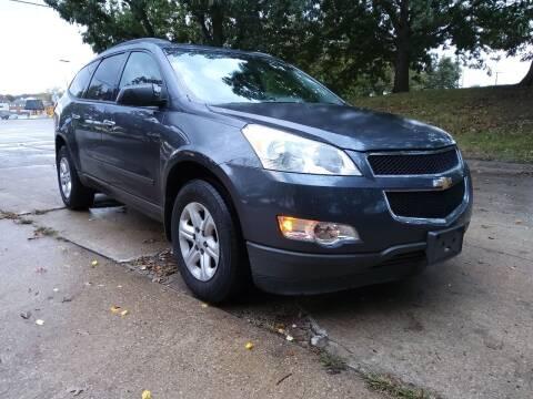 2012 Chevrolet Traverse for sale at Crispin Auto Sales in Urbana IL