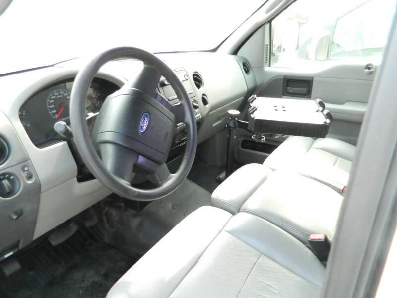 2007 Ford F-150 XL 2dr Regular Cab Styleside 8 ft. LB - Fort Wayne IN