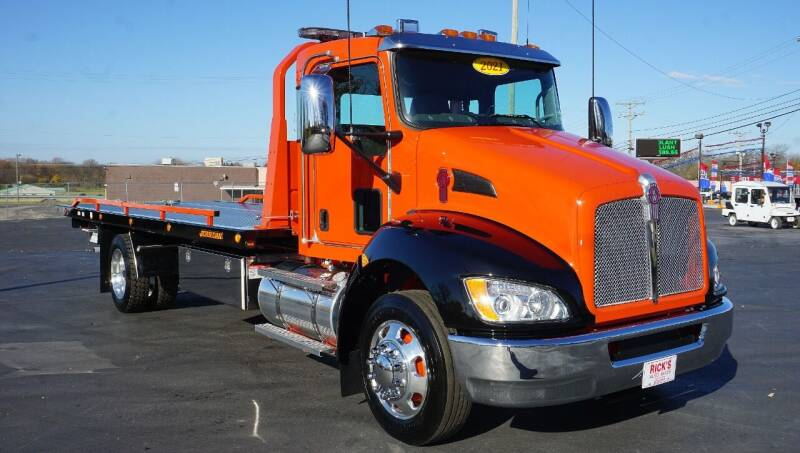 2021 Kenworth T270 for sale at Rick's Truck and Equipment in Kenton OH