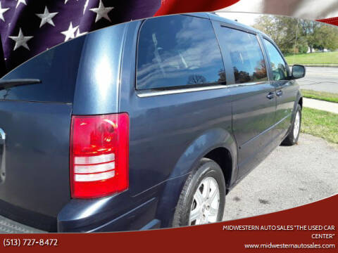 "2008 Chrysler Town and Country for sale at MIDWESTERN AUTO SALES        ""The Used Car Center"" in Middletown OH"