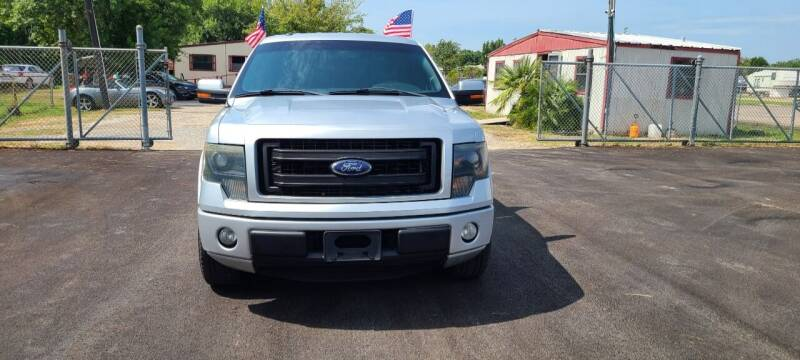 2013 Ford F-150 for sale at Fabela's Auto Sales Inc. in Dickinson TX