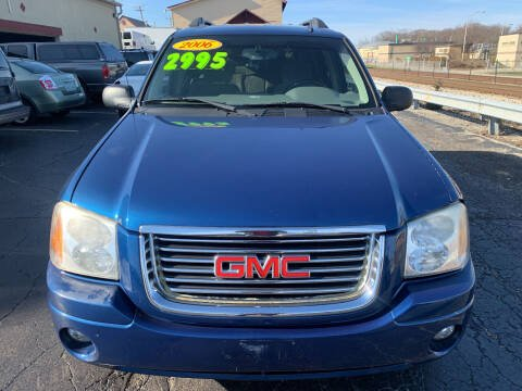 2006 GMC Envoy XL for sale at Discovery Auto Sales in New Lenox IL