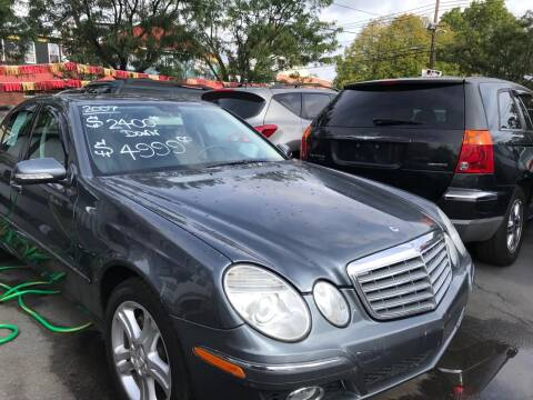 2007 Mercedes-Benz E-Class for sale at Chambers Auto Sales LLC in Trenton NJ