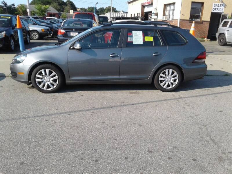 2013 Volkswagen Jetta for sale at Nelsons Auto Specialists in New Bedford MA