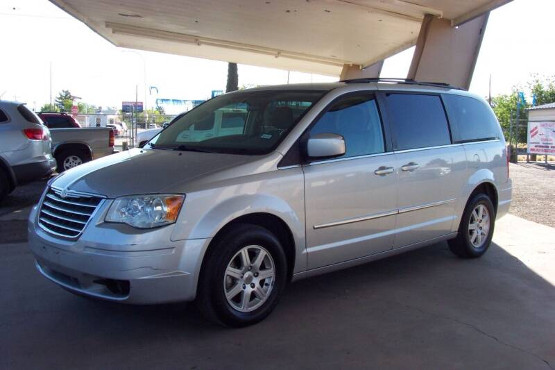 2010 Chrysler Town and Country for sale at Park N Sell Express in Las Cruces NM