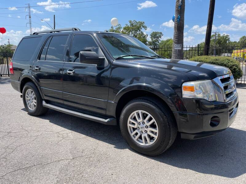 2014 Ford Expedition for sale at Auto A to Z / General McMullen in San Antonio TX