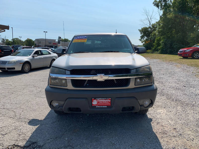 2002 Chevrolet Avalanche for sale at Community Auto Brokers in Crown Point IN