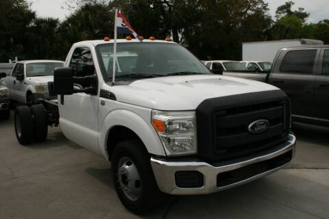 2015 Ford F-350 Super Duty for sale at Mike's Trucks & Cars in Port Orange FL