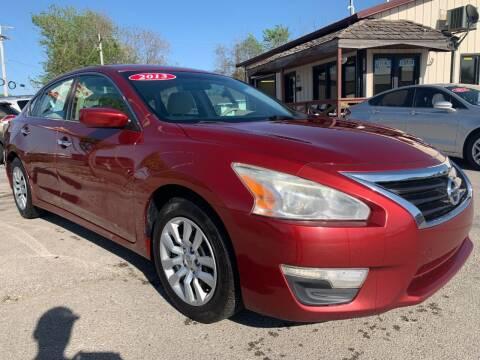 2013 Nissan Altima for sale at El Rancho Auto Sales in Des Moines IA