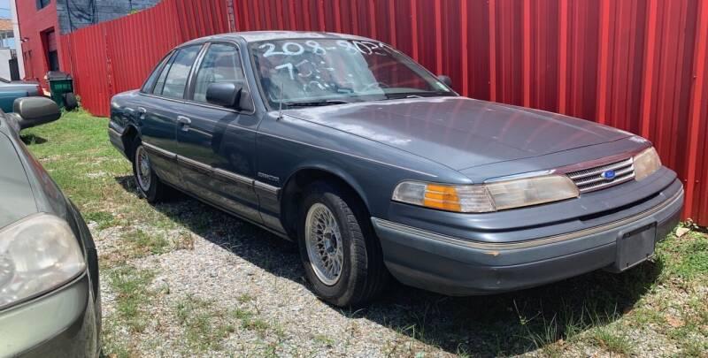 1993 Ford Crown Victoria for sale at Crescent Collision Inc. in Jefferson LA