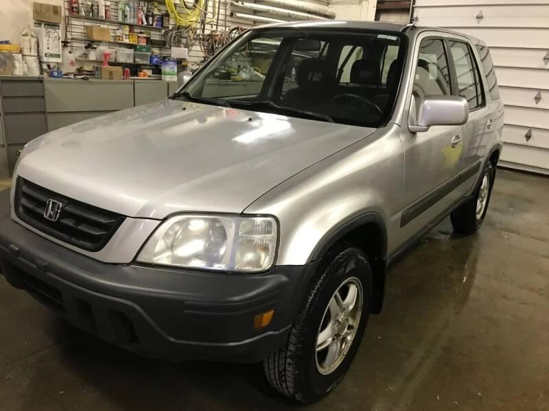 2000 Honda CR-V for sale at ABC Motors in Wyoming MI