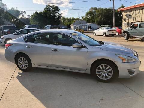 2014 Nissan Altima for sale at Zacatecas Motors Corp in Des Moines IA