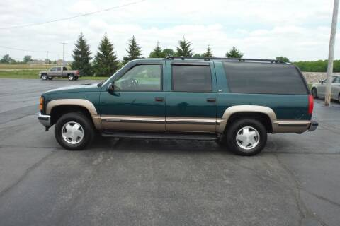 1999 GMC Suburban for sale at Bryan Auto Depot in Bryan OH