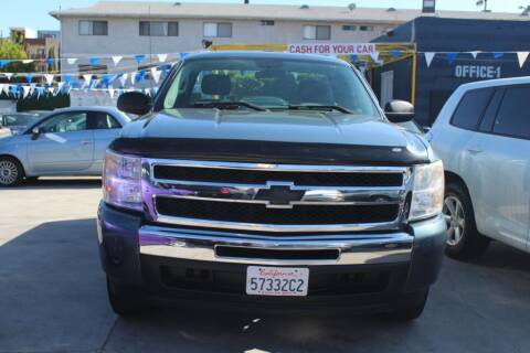 2010 Chevrolet Silverado 1500 for sale at FJ Auto Sales in North Hollywood CA