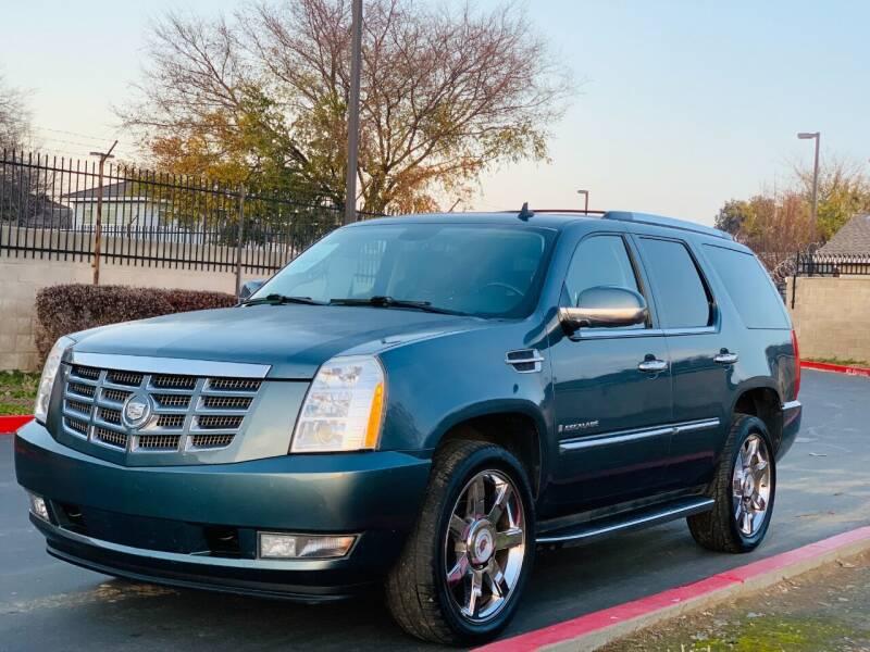 2009 Cadillac Escalade for sale at United Star Motors in Sacramento CA