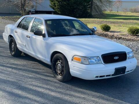 2010 Ford Crown Victoria for sale at ECONO AUTO INC in Spotsylvania VA