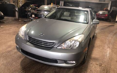 2002 Lexus ES 300 for sale at Six Brothers Auto Sales in Youngstown OH