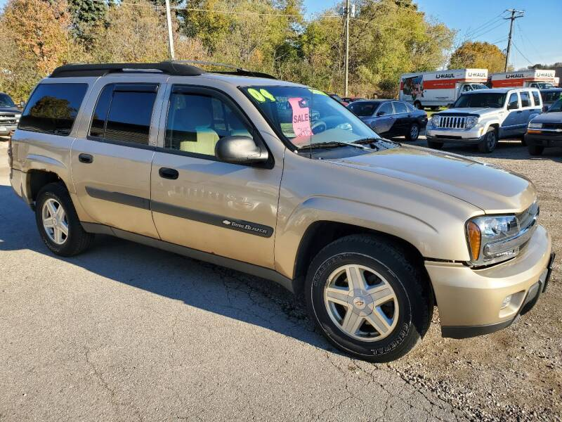 2004 Chevrolet TrailBlazer EXT LS 4WD 4dr SUV - Plymouth WI