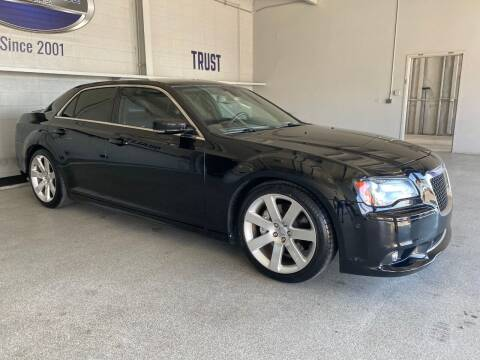 2012 Chrysler 300 for sale at TANQUE VERDE MOTORS in Tucson AZ