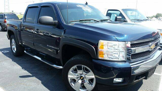 2007 Chevrolet Silverado 1500 for sale at AFFORDABLE DISCOUNT AUTO in Humboldt TN