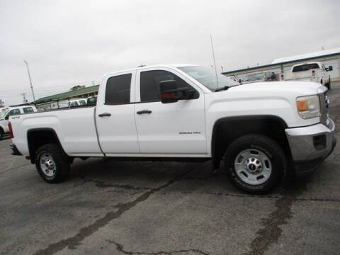 2015 GMC Sierra 2500HD for sale at GOWEN WHOLESALE AUTO in Lawrenceburg TN