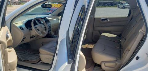 2013 Nissan Pathfinder for sale at COOPER AUTO SALES in Oneida TN