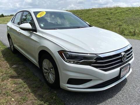 2019 Volkswagen Jetta for sale at Mr. Car City in Brentwood MD