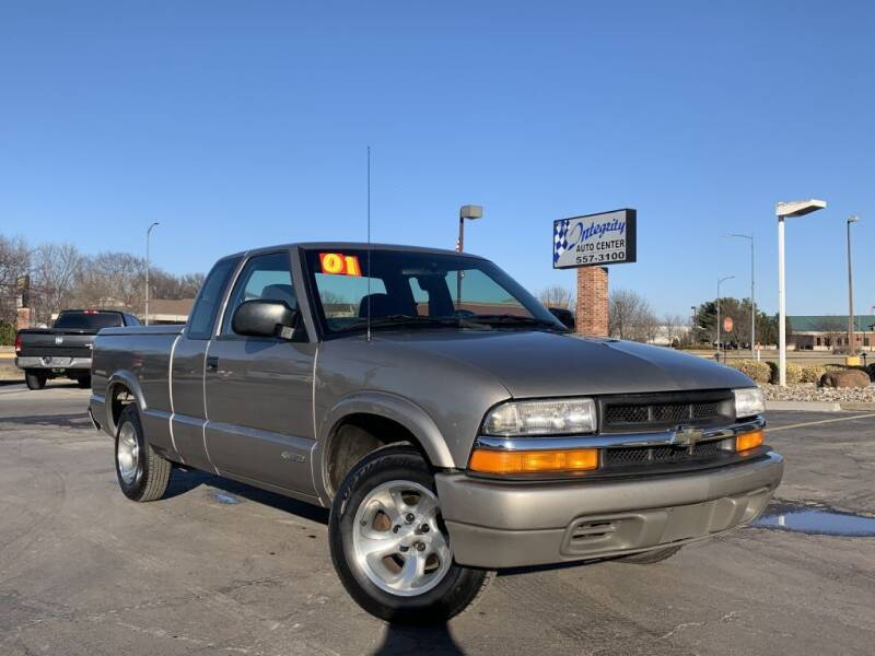 2001 Chevrolet S-10 for sale at Integrity Auto Center in Paola KS