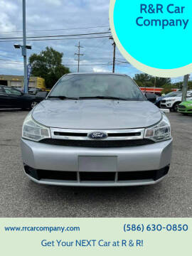 2011 Ford Focus for sale at R&R Car Company in Mount Clemens MI