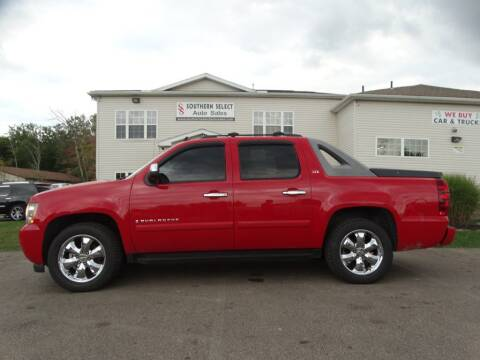 2008 Chevrolet Avalanche for sale at SOUTHERN SELECT AUTO SALES in Medina OH