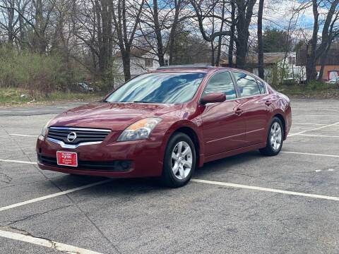 2007 Nissan Altima for sale at Hillcrest Motors in Derry NH
