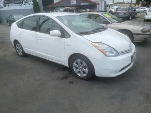 2009 Toyota Prius for sale at MILLENNIUM MOTORS INC in Monroe WA