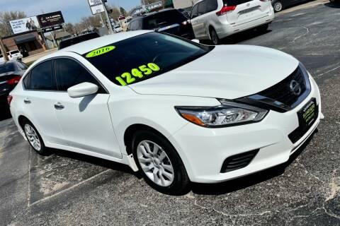 2016 Nissan Altima for sale at Island Auto in Grand Island NE