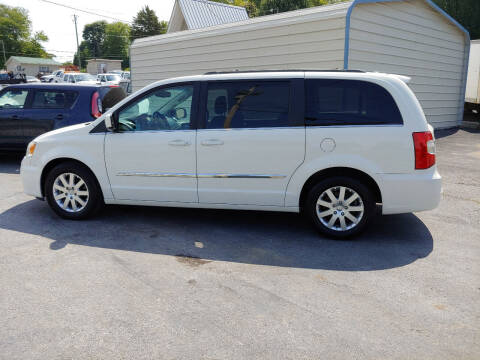 2013 Chrysler Town and Country for sale at K & P Used Cars, Inc. in Philadelphia TN