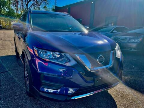 2019 Nissan Rogue for sale at John Warne Motors in Canonsburg PA