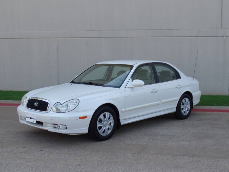 2002 Hyundai Sonata for sale at CROWN AUTOPLEX in Arlington TX