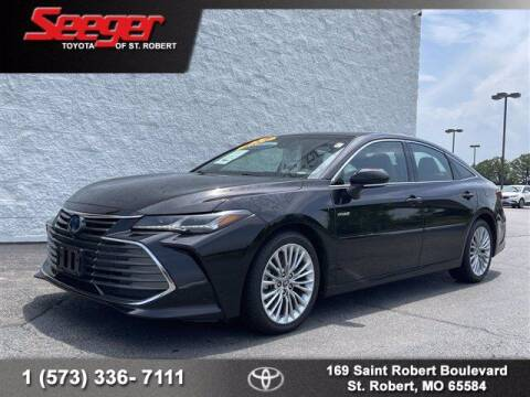 2019 Toyota Avalon Hybrid for sale at SEEGER TOYOTA OF ST ROBERT in Saint Robert MO