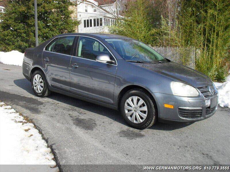 2009 Volkswagen Jetta for sale at Mair's Continental Motors in Reading PA