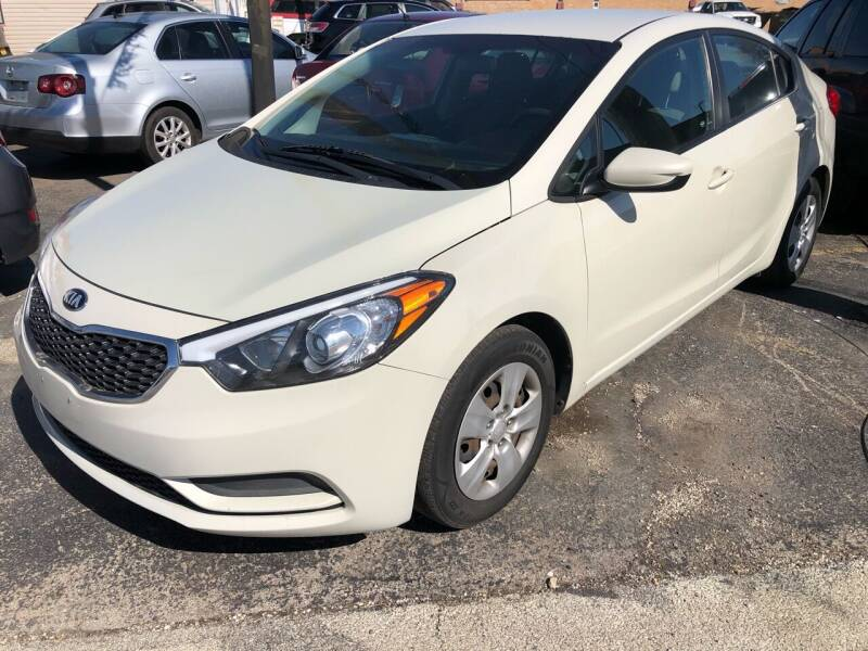 2015 Kia Forte for sale at TOP YIN MOTORS in Mount Prospect IL