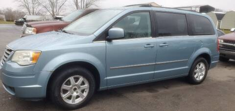 2009 Chrysler Town and Country for sale at Superior Auto Sales in Miamisburg OH