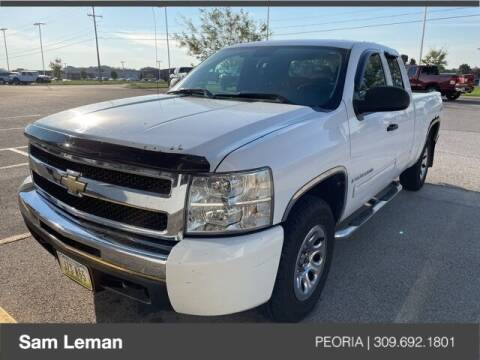 2009 Chevrolet Silverado 1500 for sale at Sam Leman Chrysler Jeep Dodge of Peoria in Peoria IL