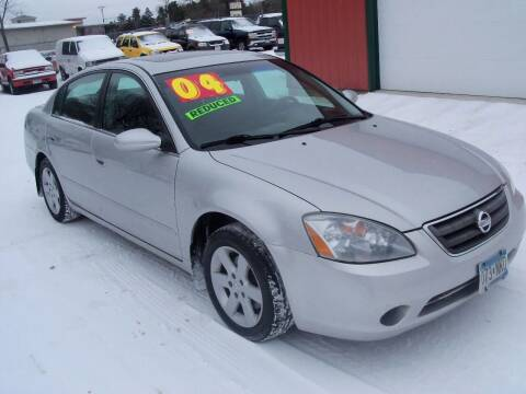 2004 Nissan Altima for sale at Country Side Car Sales in Elk River MN