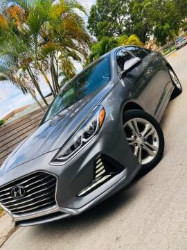 2018 Hyundai Sonata for sale at IRON CARS in Hollywood FL