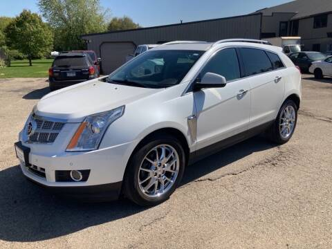 2013 Cadillac SRX for sale at COUNTRYSIDE AUTO INC in Austin MN